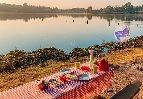 اطلالة البحيرة الشهيرة في سبانجا