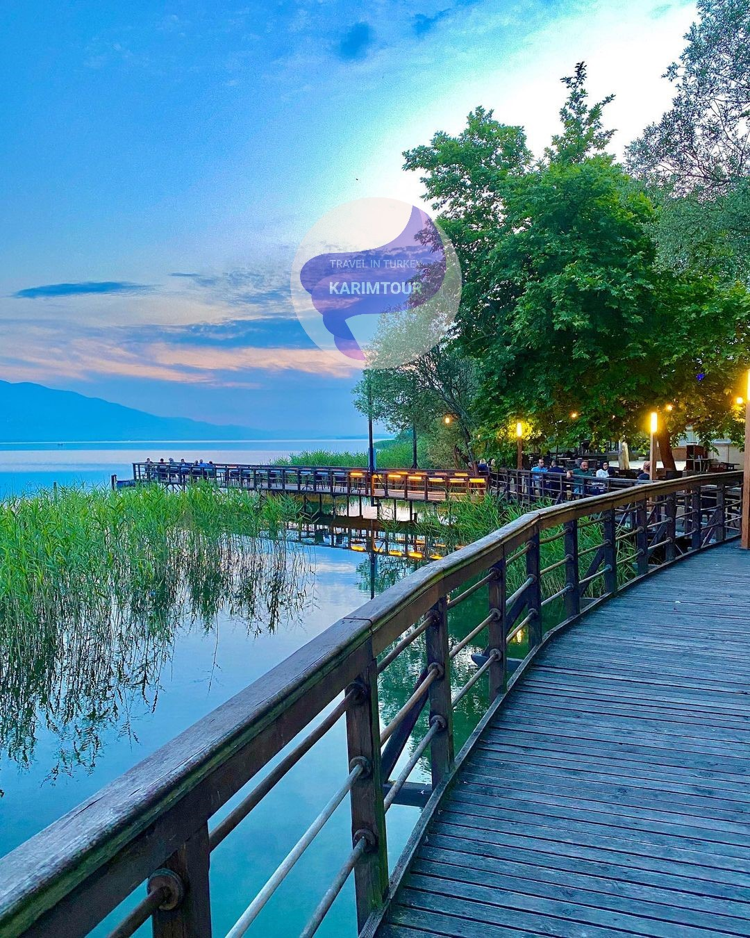ضفة بحيرة سبانجا في تركيا